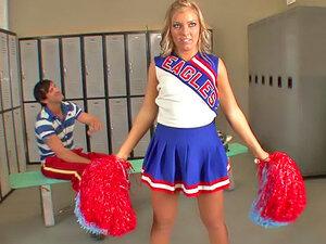 Flexible cheerleader locker room sex
