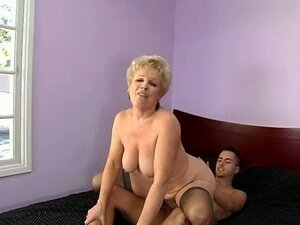Hot blonde mom Mrs Jewell is poked in missionary