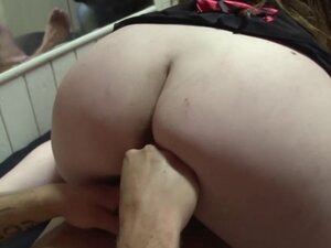 Hooker paid to suck cock