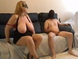 MILF bbw sucking a big dick wearing a mask on