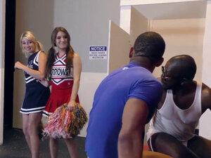 Teenage cheerleaders get blacked