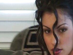 Famous Porn Star Stripper Aria Giovanni Rubs