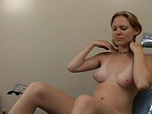 Amateur girl with tan lines gets her vagina toyed