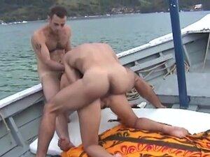 Hot boat fuck - 3 Vision Entertainment