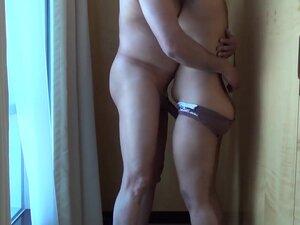 Desi plump booty, Desi plumper playing around 2013