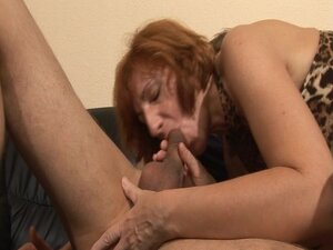This cougar likes to fuck