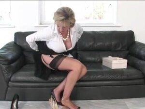 British Lady Sonia rubs vagina, British Lady Sonia