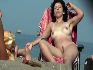 Trimmed pussy nudist at beach, Trimmed pussy