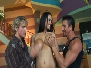 Carmella Bing Vs Anthony Hardwood And Tommy Gunn